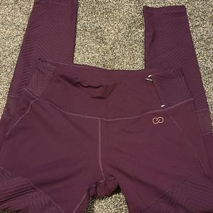 Calia by Carrie Underwood size medium